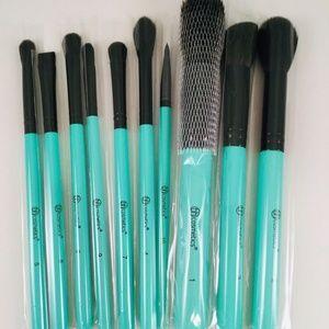BH Cosmetics AURORA LIGHTS 10 Pc Turquoise Makeup